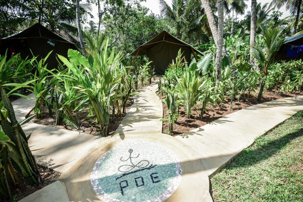 Surf Retreat Boutique Camp Poe